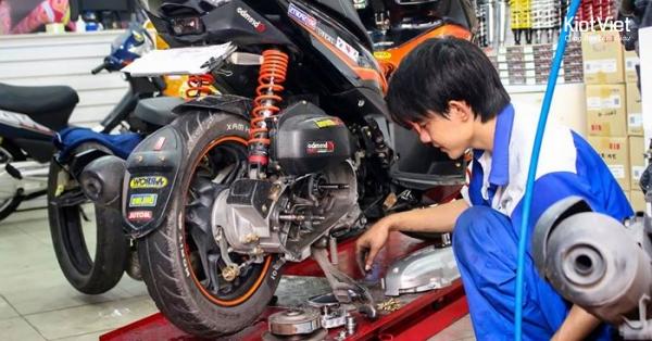 Dịch vụ sửa chữa, rửa xe